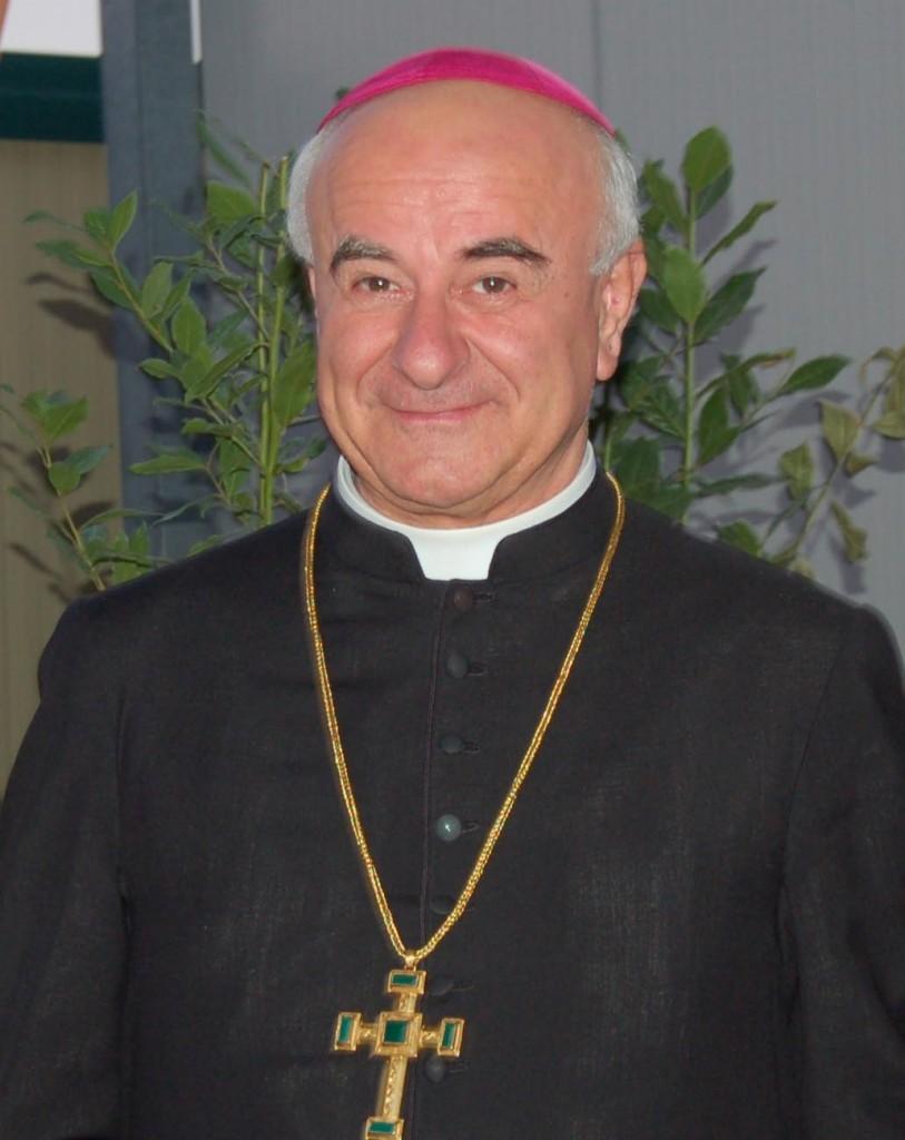 vescovo mezzo busto